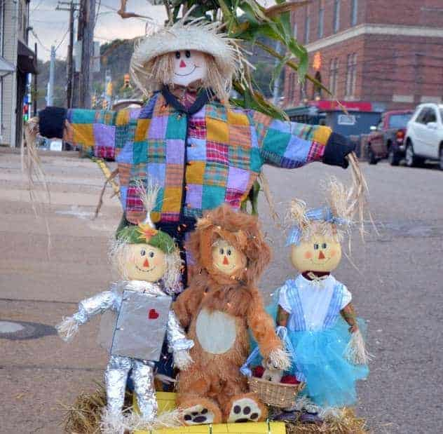 Build a Scarecrow for a Chance to Win Cash Prizes!